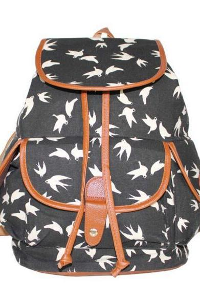 FAST SHIPPING New Vintage White/Black Swallow Printed Backpack