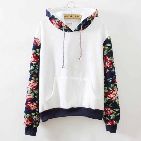 FREE SHIPPING Hooded Floral Sweater