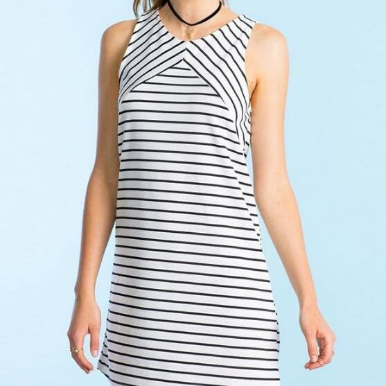 FREE SHIPPING O-Neck Sleeveless Black and White Striped Shift Short Dress